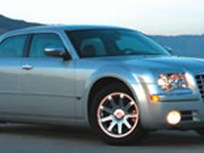 2005 Chrysler300 Captures Fleet Car of the Year