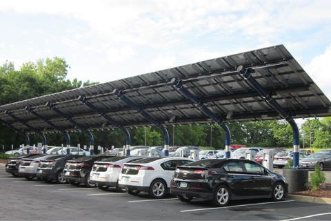The Vehicle Innovation Center also highlights recharging technology. A nearby solar-powered EV charging station can charge 11 vehicles simultaneously. The Vehicle Innovation Center in Munich will feature windmill power at its charging station.