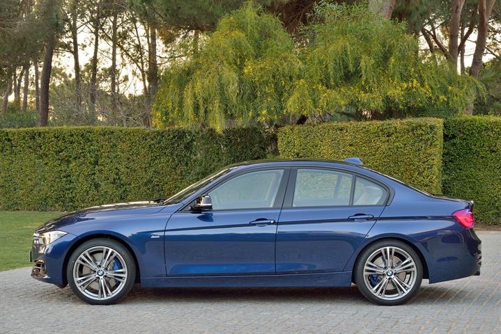 Gallery BMW Series Sedan Model Sport Line Mediterranean Blue - Blue bmw 3 series