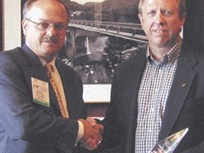 PPG AutoGlass' Smith Takes Home Fleet Executive Award