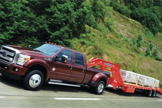 Photo of the F-450 Super Duty courtesy of Ford.