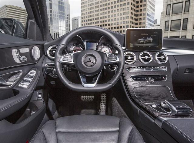 Photo of interior of 2015 C300 4MATIC courtesy of MBUSA.