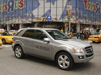 2011 Mercedes-Benz S400 HYBRID and ML450 HYBRID SUV Overview