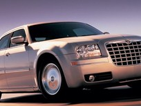 New Web Feature on 2005 Chrysler 300 Winning Fleet Car of the Year