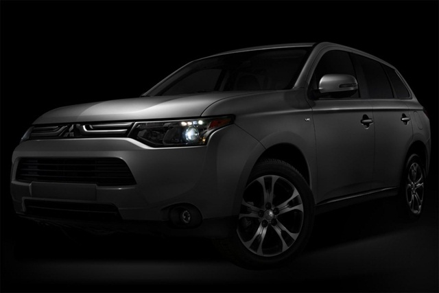 Mitsubishi said the 2014-MY Outlander CUV will feature a new engine.