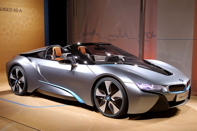 The i8 Spyder plug-in hybrid roadster concept from BMW.