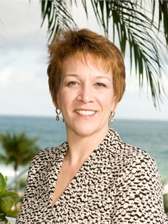 Nancy Barlage is now the fleet manager for Universal Hospital Services.