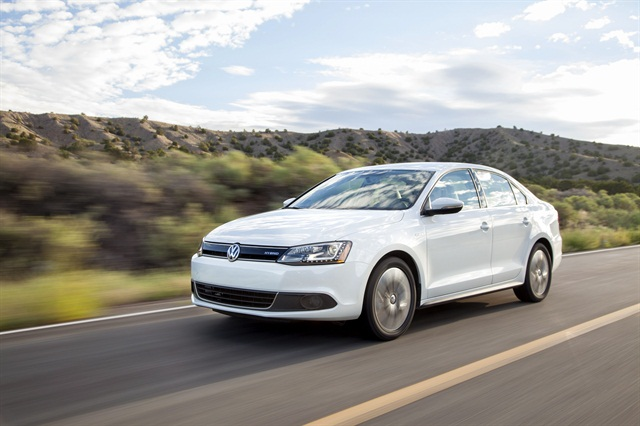 The 2013 Jetta Hybrid gets 45 mpg combined, according to Volkwsagen.