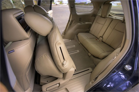 The third-row seat can recline, and the vehicle also features Nissan's EZ Flex Seating System with Latch and Glide.