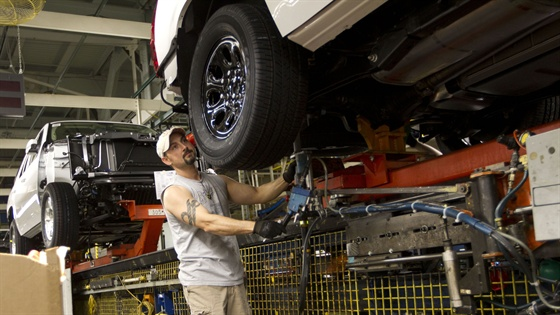 general motors arlington assembly plant employee joe gonzalez working. Cars Review. Best American Auto & Cars Review