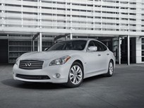 2012 Infiniti M Hybrid Officially Rated at 32 MPG Highway