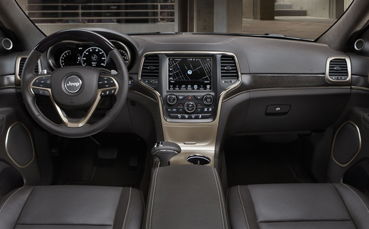 Chrysler Reveals 2014 Jeep Grand Cherokee · Previous Photo · Chrysler Said  It Used Interior Accents To Differentiate The Trim Next Photo