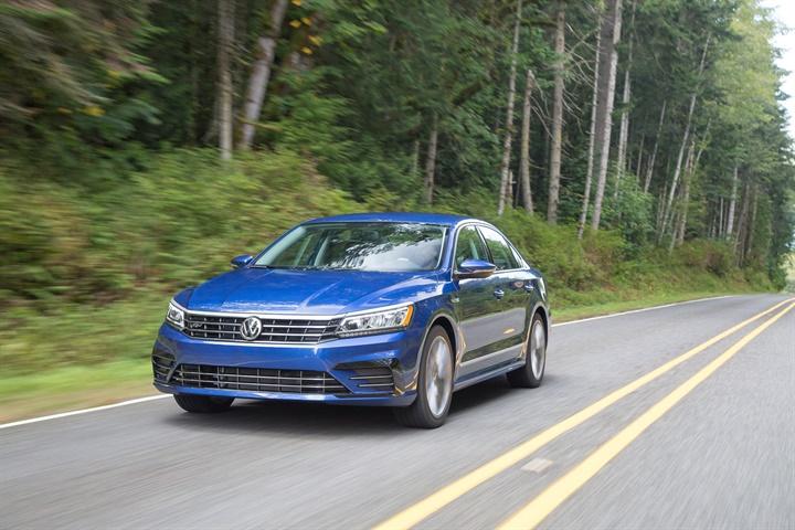 Volkswagen Passat courtesy of Volkswagen. - Volkswagen Recalls Passat ...