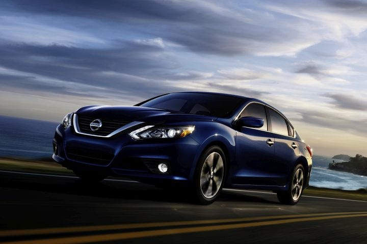 gallery photo of 2017 altima courtesy of nissan nissan altima returns for 2017 at same price. Black Bedroom Furniture Sets. Home Design Ideas