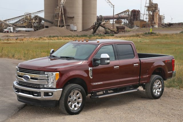 2017 F-250 Super Duty 4X4 Crew Cab Lariat (Photo courtesy of Ford.)
