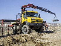Mercedes-Benz Offers New-Generation Unimog