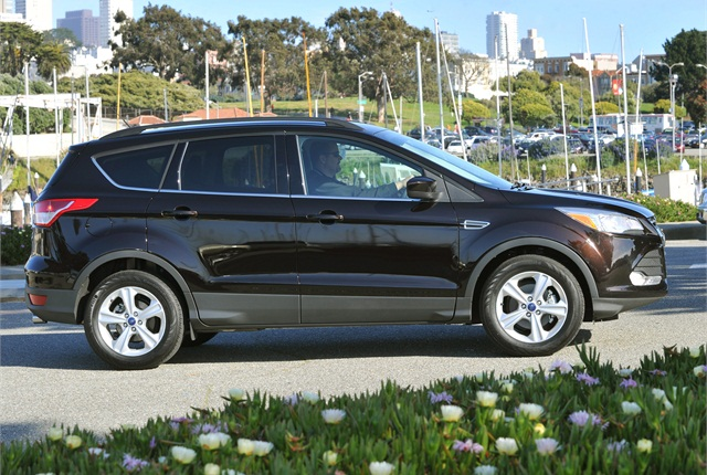 m 13escape 3325 ford recalls escape, focus st for stalling top news safety ford escape wiring harness recall at crackthecode.co