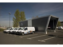Mercedes-Benz Offers German Delivery Fleets Carsharing Solution