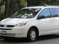 Toyota Recalls Sienna Minivans for Rollaway Risk