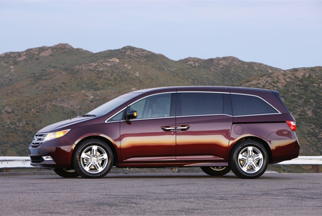 Photo of Honda Odyssey courtesy of Honda.