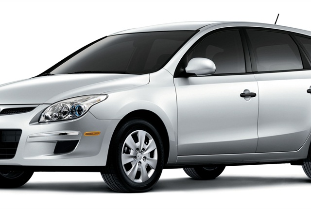 Photo of 2012 Hyundai Elantra Touring hatchback courtesy of Hyundai.