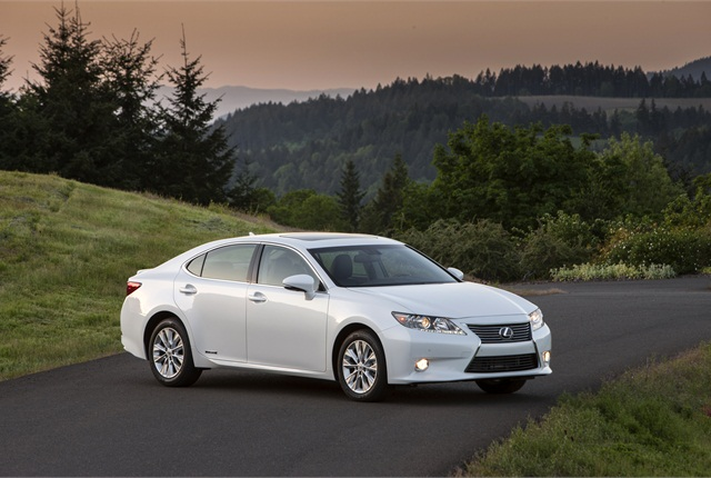 The ES 300h debuted for 2013 as the first-ever ES hybrid.