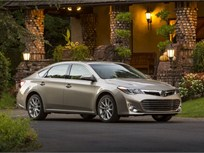 Toyota Details 2013-MY Avalon Pricing and Features