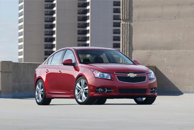 Photo of 2014 Chevrolet Cruze courtesy of General Motors.