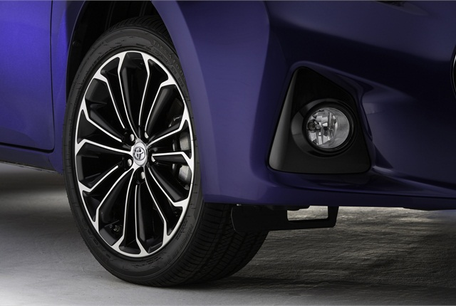 The 2014 Corolla features 15 inch-17 alloy wheels.