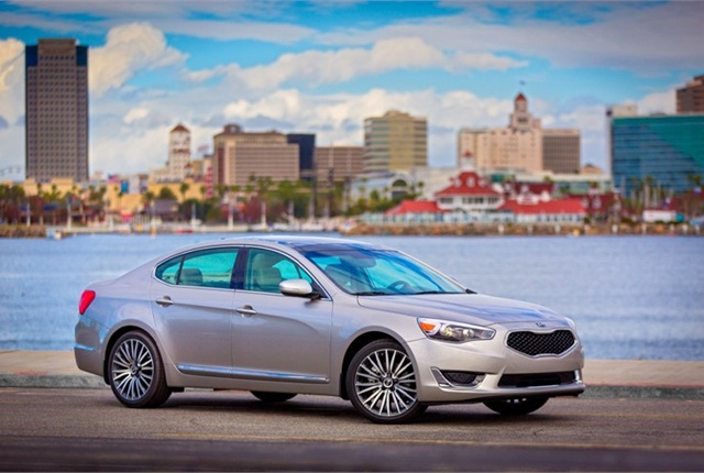 Photo of 2014 Kia Cadenza courtesy of Kia Motors.