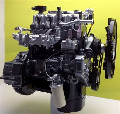 Tata 3.8L natural gas engine featuring Westport WP580 Engine Management System. (CNW Group/Westport Innovations Inc.)