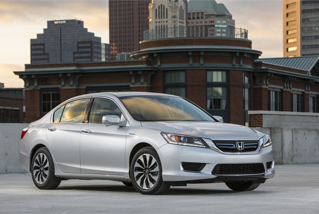 honda recalls accord hybrids for stalling risk top news. Black Bedroom Furniture Sets. Home Design Ideas