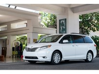 Toyota Recalls Sienna Minivans for Sliding Doors