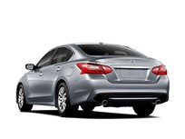 Nissan Recalls Altima for Door Latch