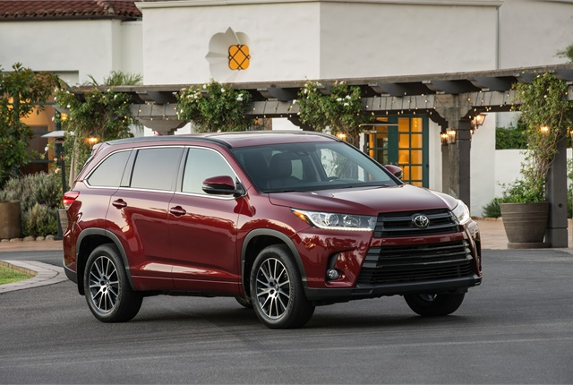 Photo of Toyota Highlander courtesy of Toyota.