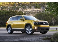 Cars.com Awards VW's 2018 Atlas, Golf GTI