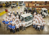 Isuzu Produces 40,000th Gasoline N-Series