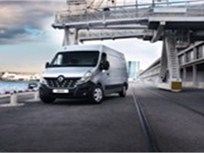 Renault Premieres New Master Commercial Van for Europe
