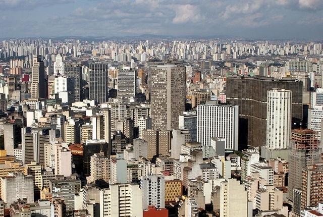 Photo of the São Paulo skyline in Brazil courtesy of Ana Paula Hirama via wikimedia commons.