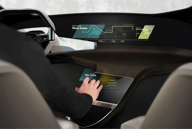 Photo of HoloActive Touch courtesy of BMW.