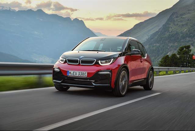 Photo of the i3 battery-electric hatchback courtesy of BMW.