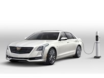 Cadillac's 2017 CT6 Plug-In Hybrid Can Drive 400 Miles