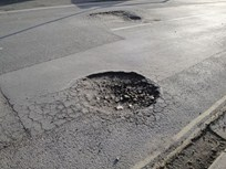 Pothole Damage a 'Frequent Repair' in Fleets