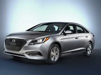 Hyundai Enters EV Segment With Plug-In Sonata