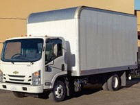 GM Offers Standard 5/100 Warranty on Gasoline Cabovers
