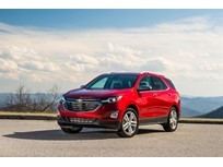 Chevrolet Equinox Emphasizes Rightsized Efficiency for 2018