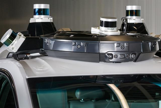 Photo of Cruise AV's autonomous roof hardware courtesy of GM.