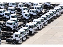 Daimler Launches 50,000 BharatBenz Trucks in India