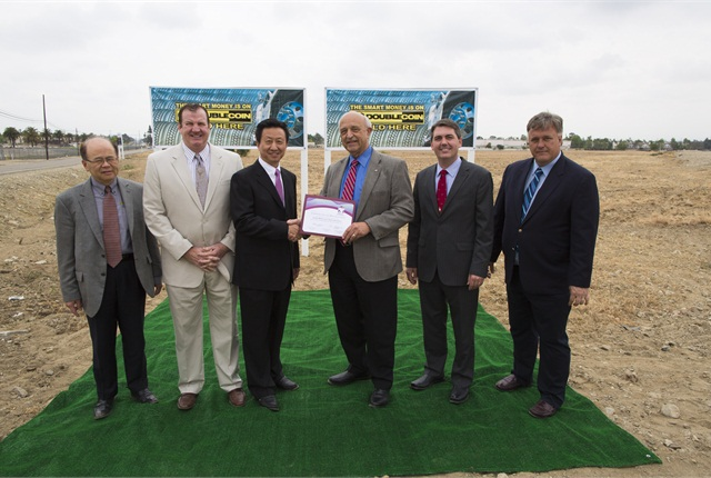 Councilmen from the City of Rancho Cucamonga, CMA executives and the developers, DCT Industrial, and property management executives from Newmark Grubb Knight Frank participated in the recent groundbreaking ceremony.