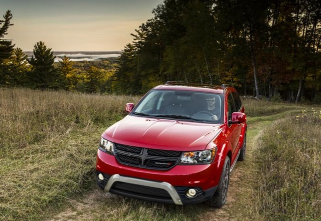 Photo of the 2018 Dodge Journey courtesy of FCA.